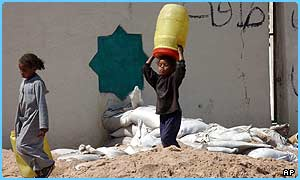 Children look for water in Iraq