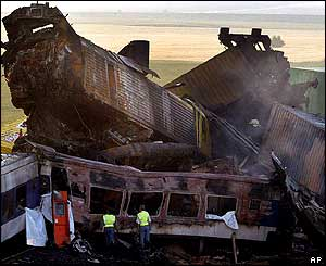 Train crash wreckage, 4 June 2003