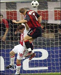 Andriy Shevchenko scores the second for Milan after 64 minutes to put them 2-1 up