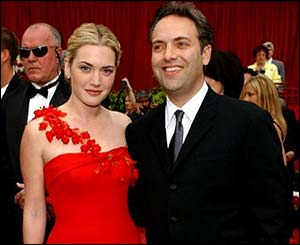 Winslet and Mendes at the 2002 Oscars.
