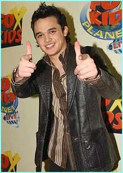 Gareth Gates gave the Fox Kids event the thumbs-up