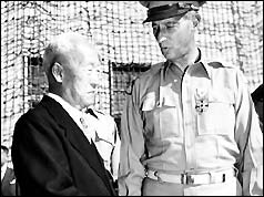 President Syngman Rhee with US general Mark Clark