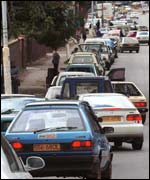 Fuel queues in Zimbabwe