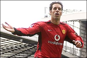 Ruud van Nistelrooy celebrates his first goal against Charlton