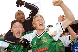 Yeovil celebrate their promotion to the football league