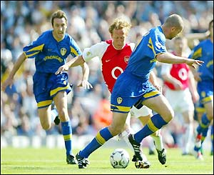 Ray Parlour shapes to shoot