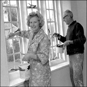 Margaret Thatcher and her husband Denis decorate their new flat in the grounds of the National Trusts Scotney Castle in Kent, 1975