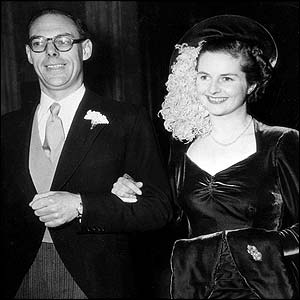 Denis and Margaret Thatcher at their at Wesleys Chapel, in London, December 13, 1951