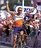 Dutchman Erik Dekker won three stages in the 2000 race in breakaways