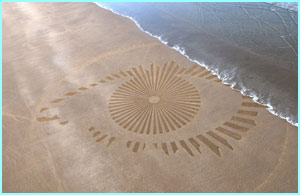 This eye on a beach in Carmarthenshire took six people six hours to make!