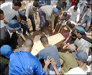 A Casablanca bomb victim is buried