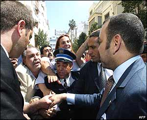 Morocco's King Mohammed VI greets Casablanca residents