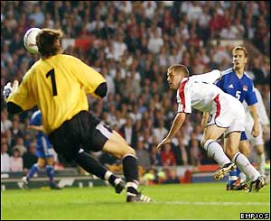 Michael Owen puts England 1-0 up