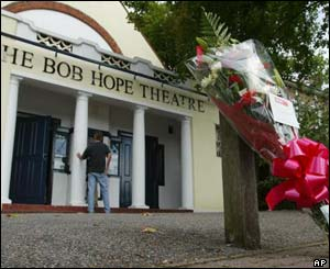 A floral tribute is left at the Bob Hope Theatre in the comedian's birthplace of Eltham