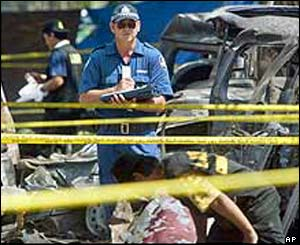 Australian forensic police at bombing site