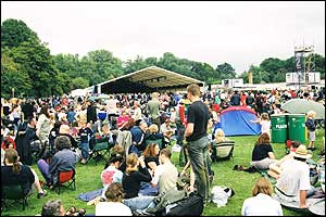 Crowds at the Cambridge Folk Festival