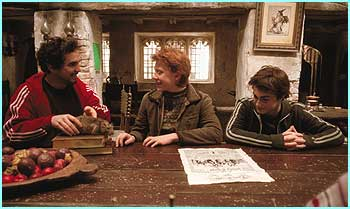 Here he is again with Rupert and Daniel, but why hasn't Ron got cool stripes on his sleeves too?