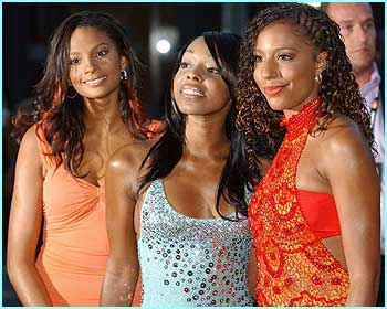 The first ladies of UK R&B, Mis-Teeq, were all glammed up for the night
