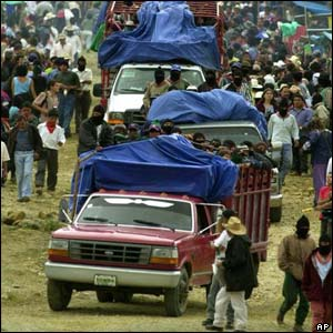Zapatistas arrive in Oventic, Chiapas