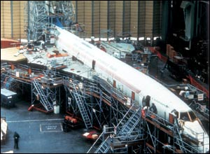 Concorde assembly line at Fulton, 1971