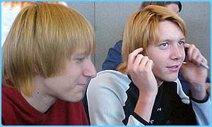 Oliver and James Phelps (Fred and George Weasley)