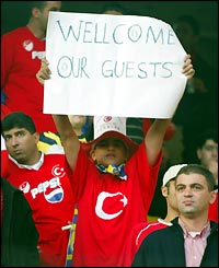 Turkish fans welcome England