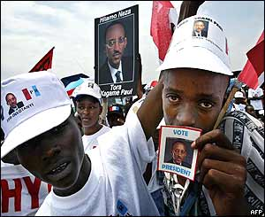 Paul Kagame supporters