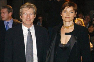 Actor Richard Gere and wife Carey Lowell