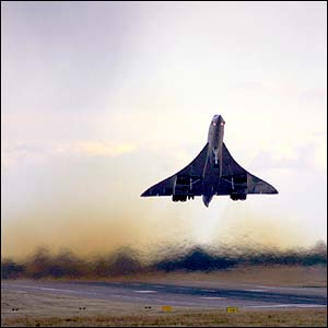Concorde taking off from Birmingham, October 2003, by Garry Chiles from the UK