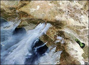 Satellite image of forest fires affecting Simi Valley, Moorpark and San Bernadino