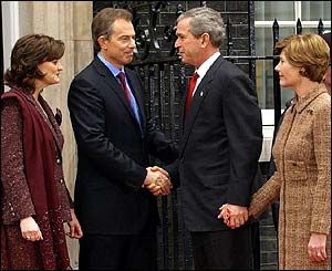 Tony Blair and George Bush shake hands at number 10