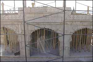 Mosque restoration at Bagh-e Babur
