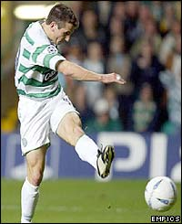 Liam Miller scores for Celtic