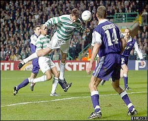 Chris Sutton scores with a header for Celtic