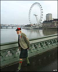 A veteran from a Scottish Regiment en route to the Cenotaph