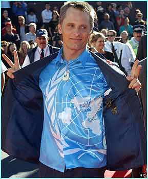 Viggo Mortensen plays Aragorn, the returning king of the film's title - nice shirt Viggo!