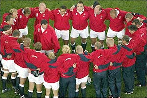 England captain Martin Johnson gives a team-talk
