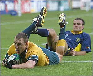 Stirling Mortlock scores for Australia against Romania in Sydney