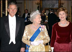 The Queen with George and Laura Bush at Buckingham Palace