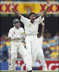 BBC SPORT   Cricket   Photo Galleries   Australia v India photos