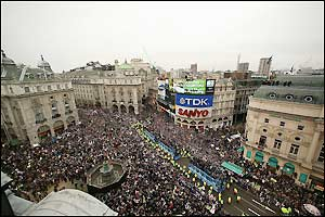 The buses roll into Piccadilly Circus