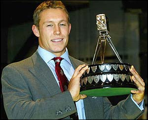 Jonny Wilkinson poses with the Sports Personality of the Year award