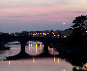 Bridge over the River Towy, Carmarthen at sunset (Zoe Nugent)
