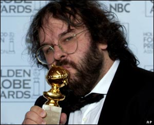 Peter Jackson showed his delight at his best director award at the Golden Globes in Los Angeles.