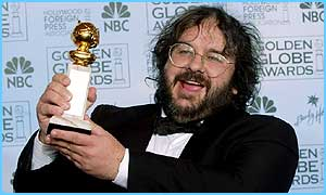 Peter Jackson picks up his award