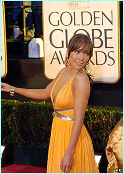 J-Lo looks round for someone...  ex-boyfriend Ben Affleck perhaps?
