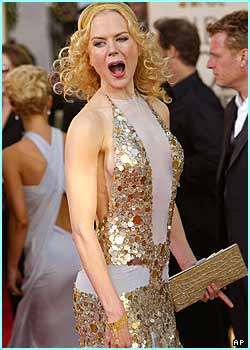 Looks like Nicole Kidman is trying to demonstrate she can still sing. Well, Moulin Rouge was quite a while ago...