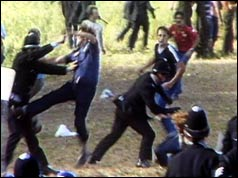 Police fight with pickets at Orgreave