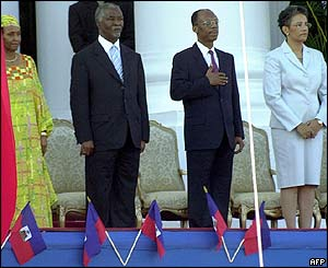South African President Thabo Mbeki (2nd left) marks 200th anniversary of Haitian independence with Aristide