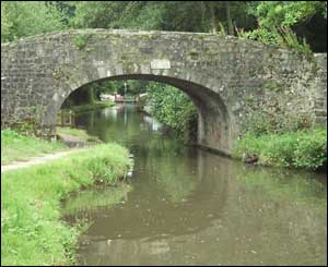 Goytre Wharf Bridge on the Monmouthshire and Brecon Canal (Dot Jones, from Pencroesoped, Llanover)